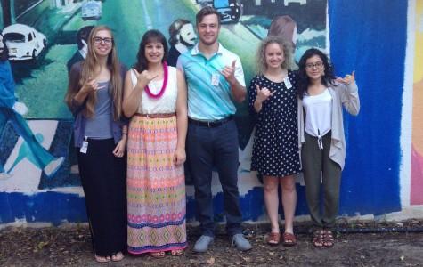 Aloha St. Olaf Students