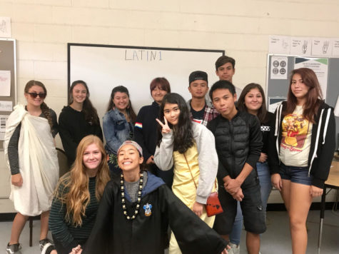 Students in Latin 1 at Kalani High School. Photo by C. Yoshina 2018.