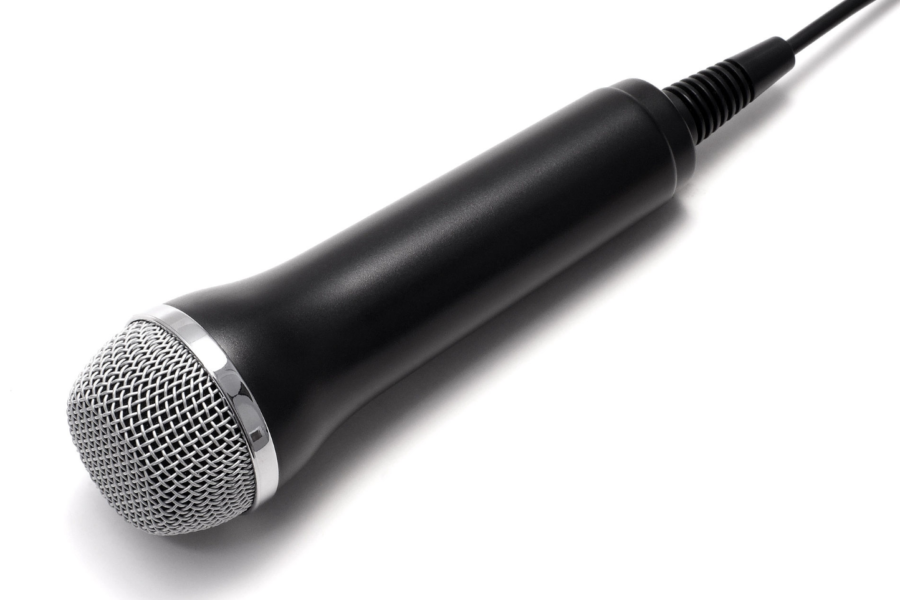 Microphone.+Wiki+commons+2019.
