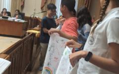 Students rally behind Bill 40