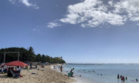 Since Governor Ige and Mayor Caldwell eased restriction, the beaches on Oahu's south shore have been crowded. Despite regulations, many beachgoers use tents in the sand. Photo taken by Lin Meyers on Oct. 25 at Waikiki.